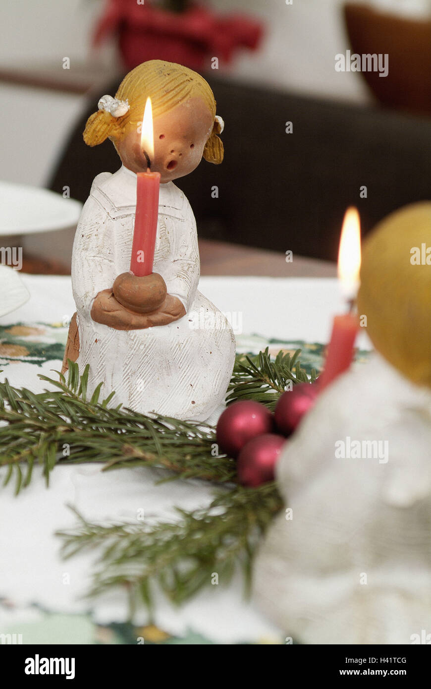 Table, Christmas decoration, angel's figures, detail, coffee table, covered, table caps, angels, candle holders, - Stock Image