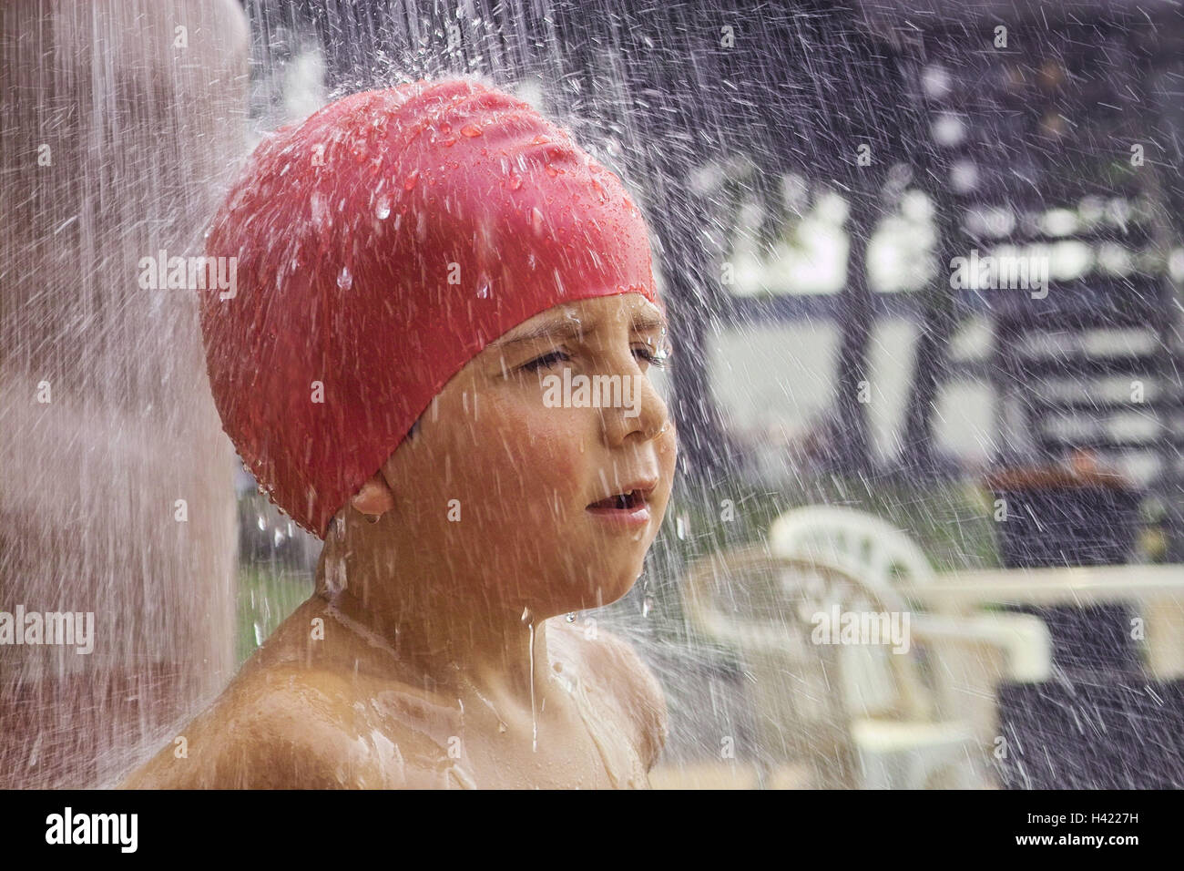 8ea0f5e30b6 Outdoor swimming pool, douche, boy, bathing cap, red, portrait, side view,  swimming-pool, outside douches, child, infant, 3 - 5 years, bathing cap,  wash, ...