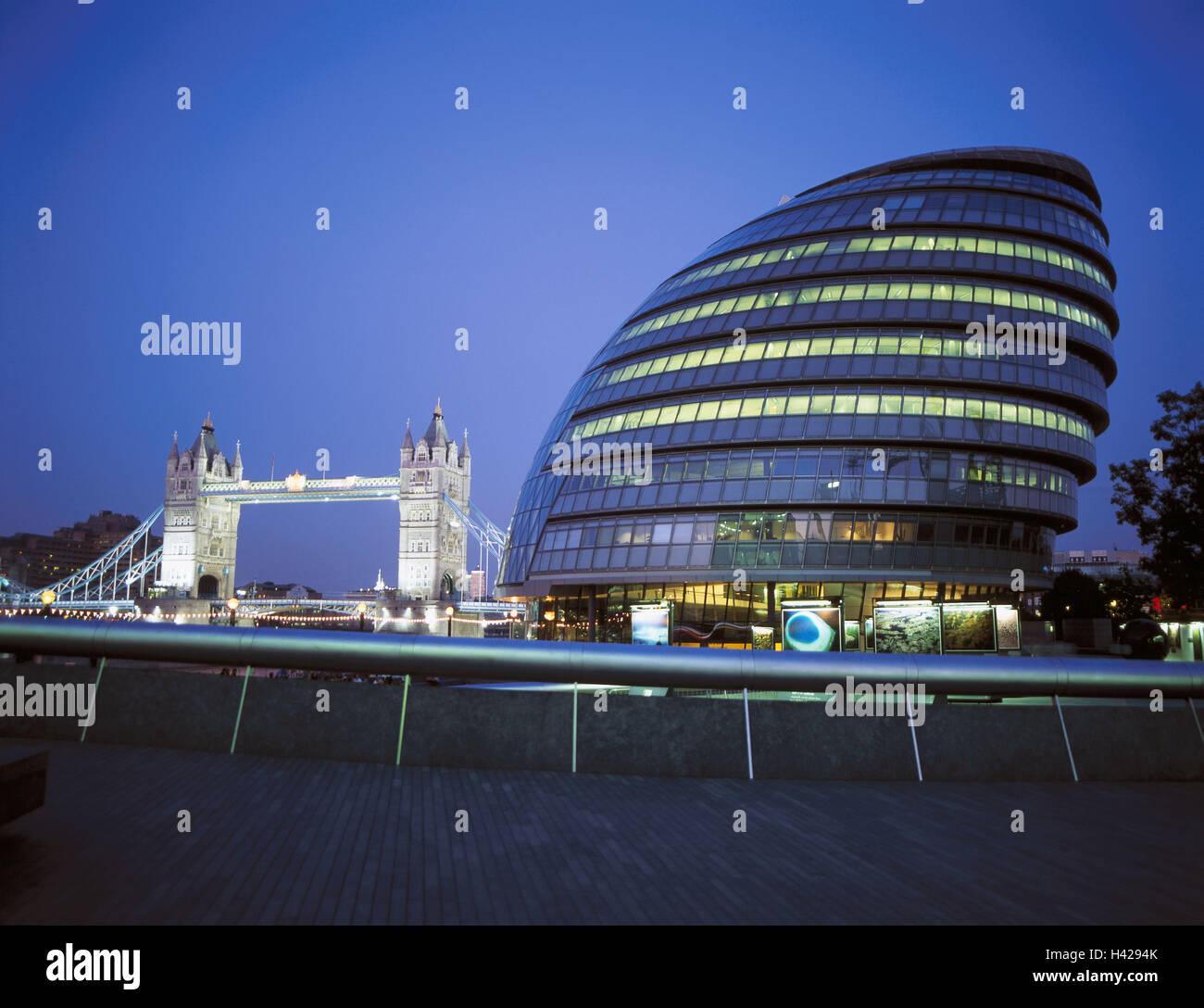Great Britain, England, London, Tower Bridge, city sound, lighting, evening, Europe, capital, destination, place - Stock Image