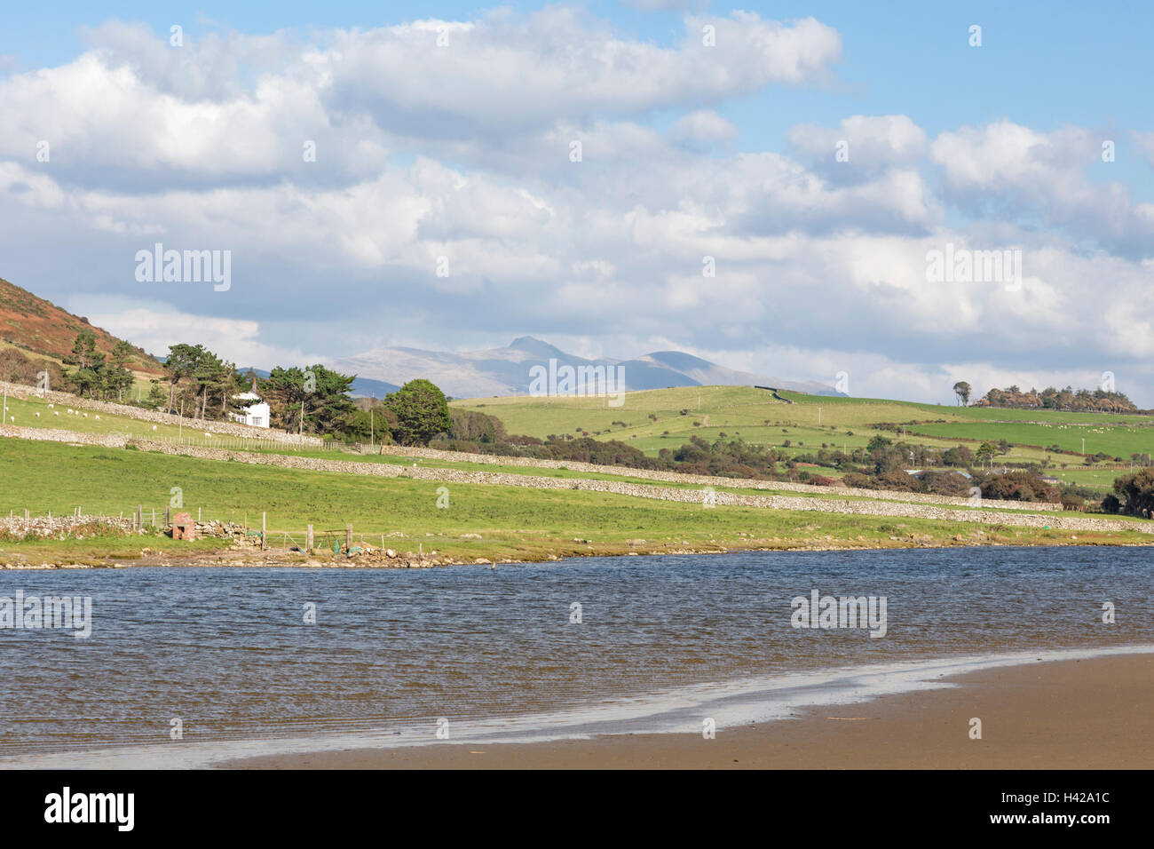 Broad Water on the Afon Dysynni near the coastal town of Tywyn, Cardigan Bay. Merionethshire, North Wales. - Stock Image