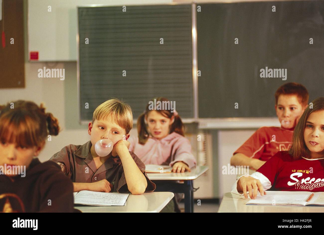 should students chew gum in school
