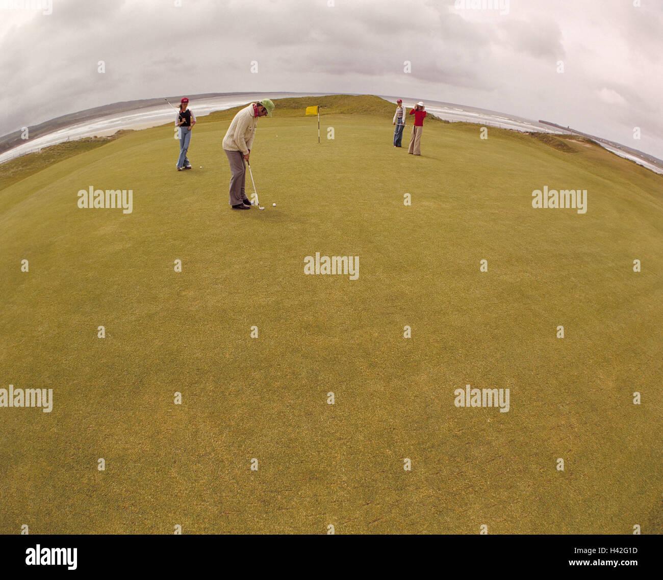 Golf course, Golspieler, Fisheye, no model release!, Europe, Nordwesteuropa, Irishman's country, Westirland, - Stock Image