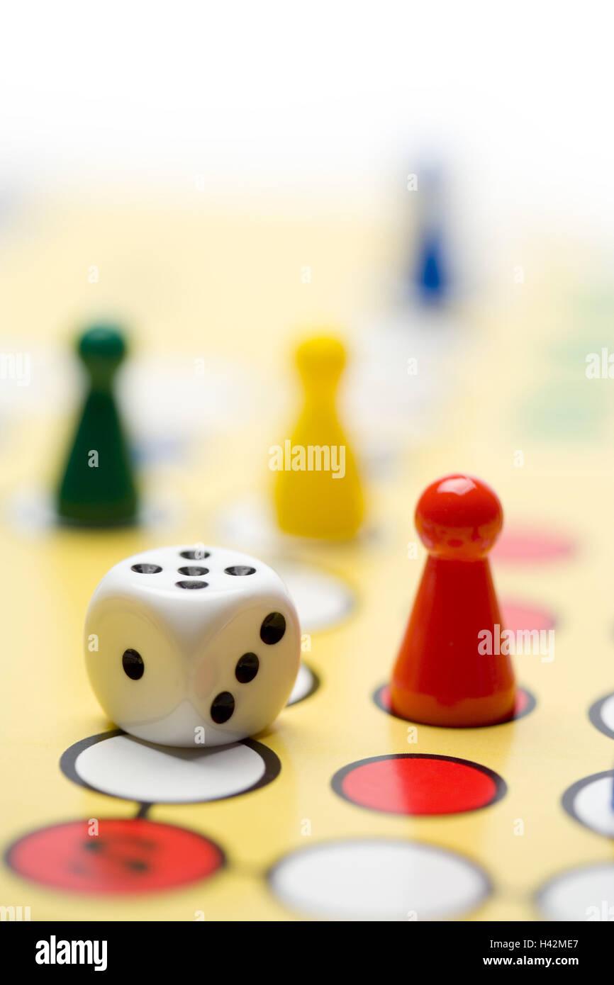 Play, 'Mensch ärgere dich nicht' game, cube, field, close-up, - Stock Image