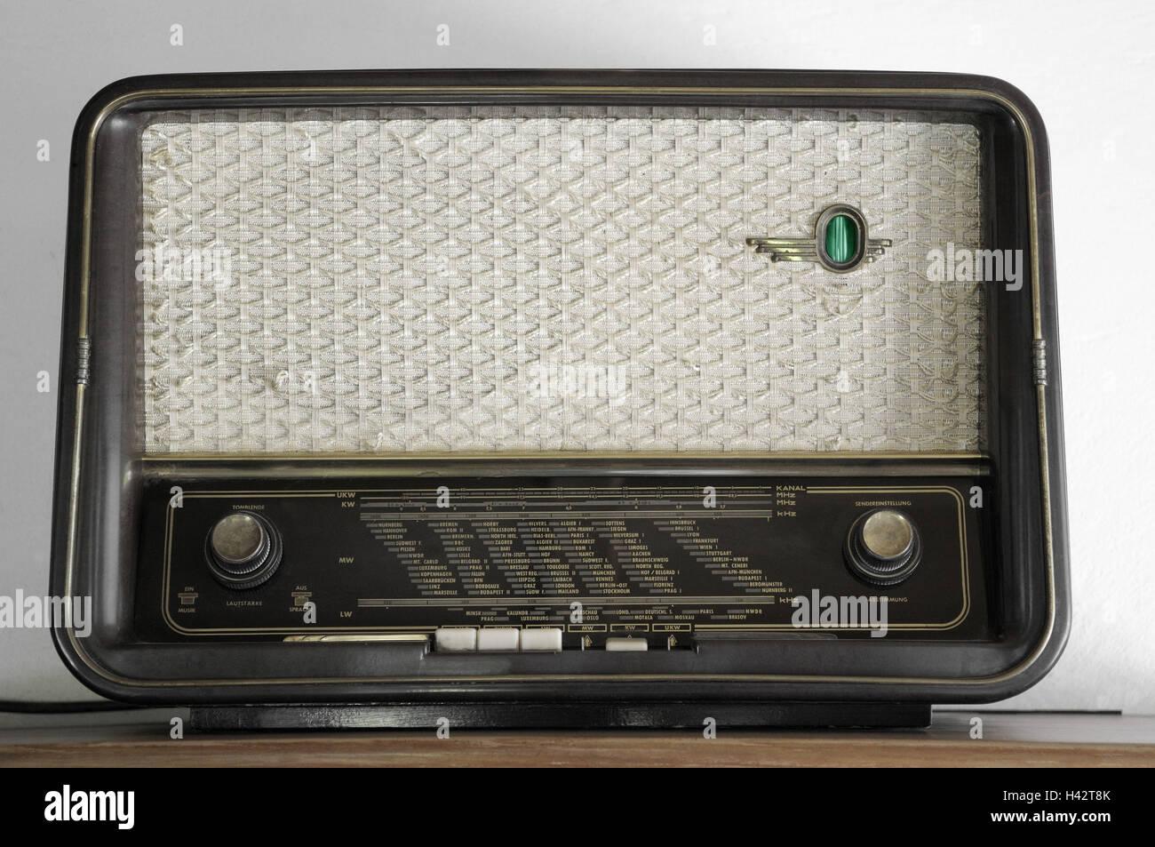 Radio, scale, rotary regulator, loudspeaker, - Stock Image