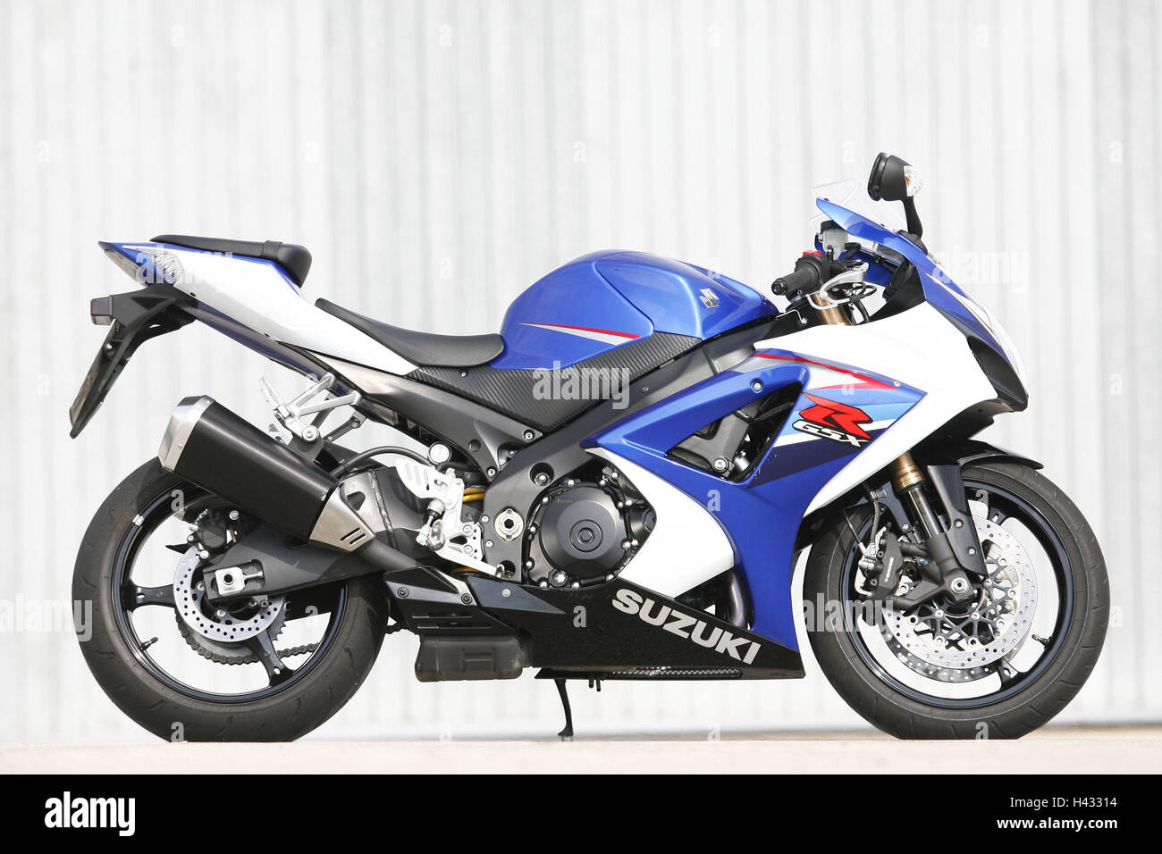 Motorcycle, Suzuki GSX-R, 1000th comparative test - Stock Image