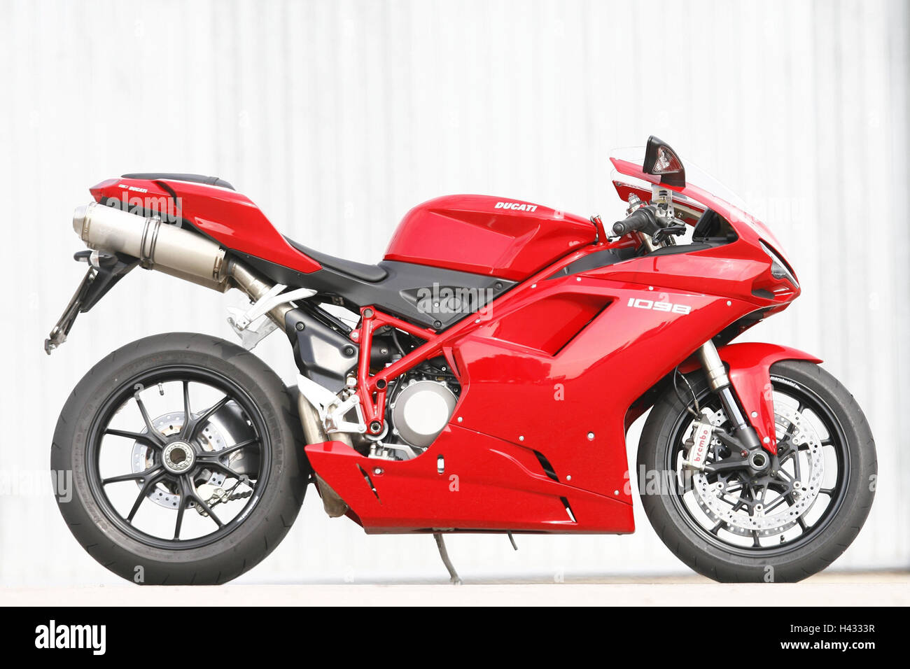 Motorcycle, Ducati in 1098, 1000th comparative test - Stock Image