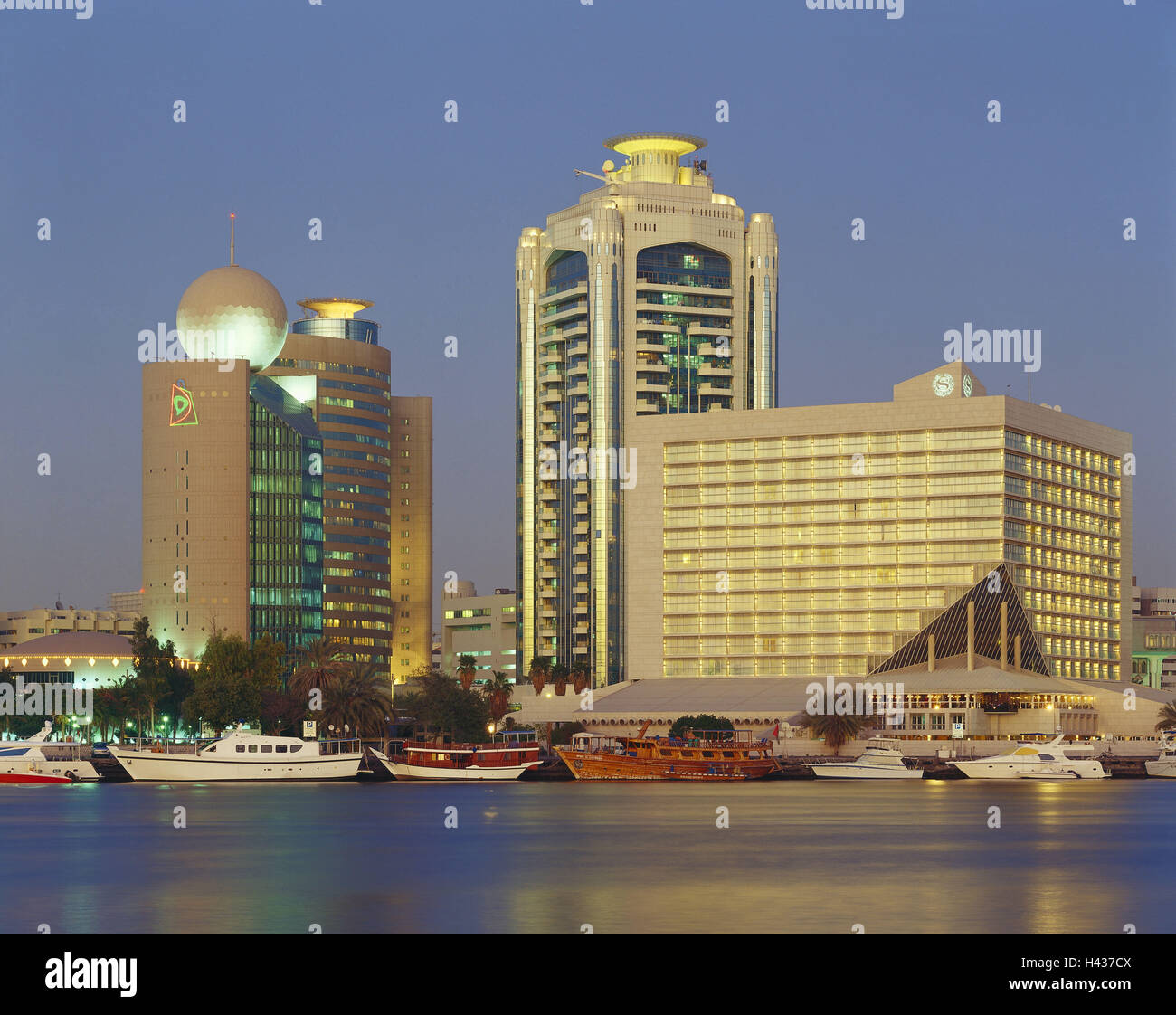 Light Tower United Rentals: Dubai Creek Tower Stock Photos & Dubai Creek Tower Stock