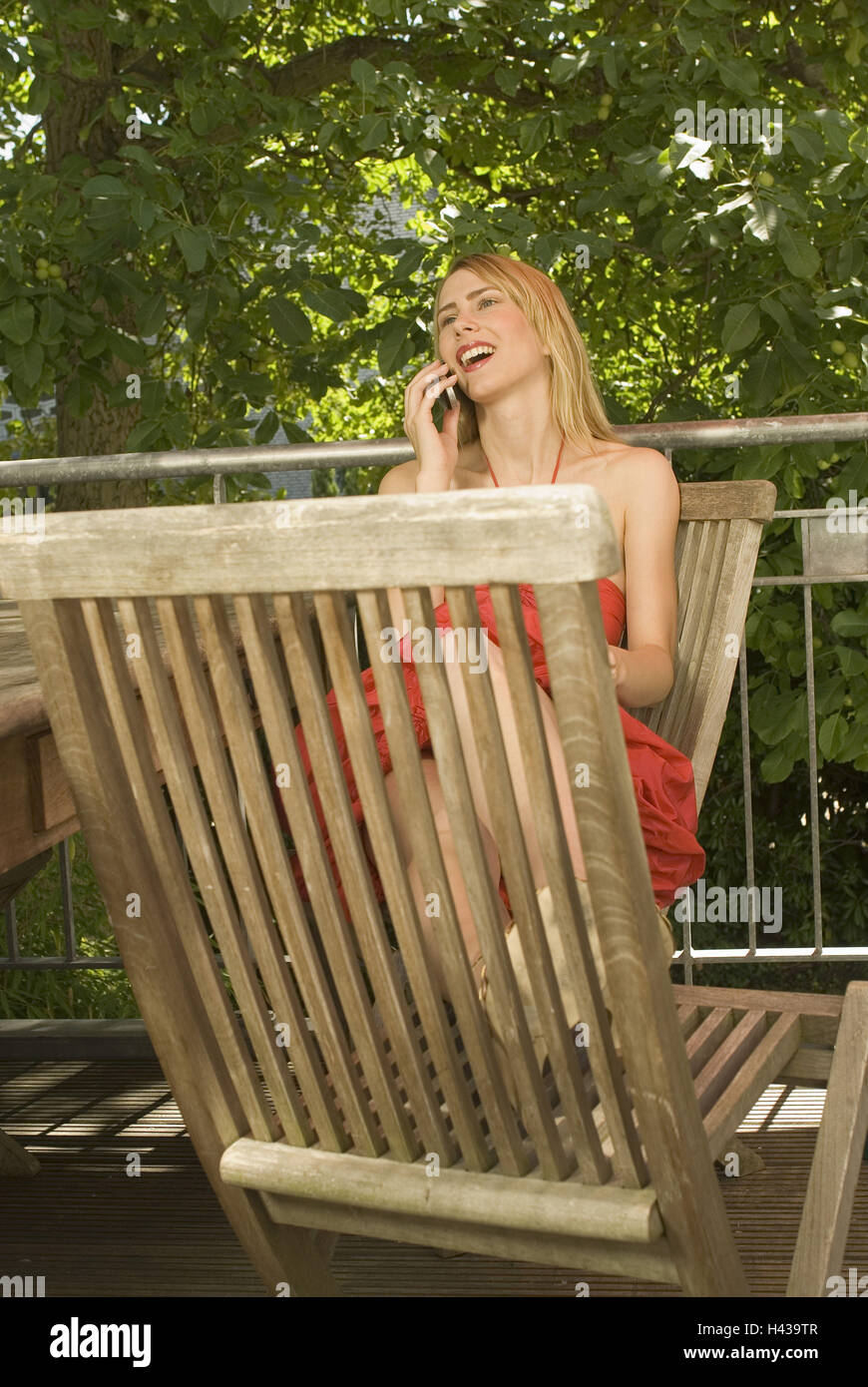 Woman, young, garden chairs, sit, mobile phone, call up, model Stock ...