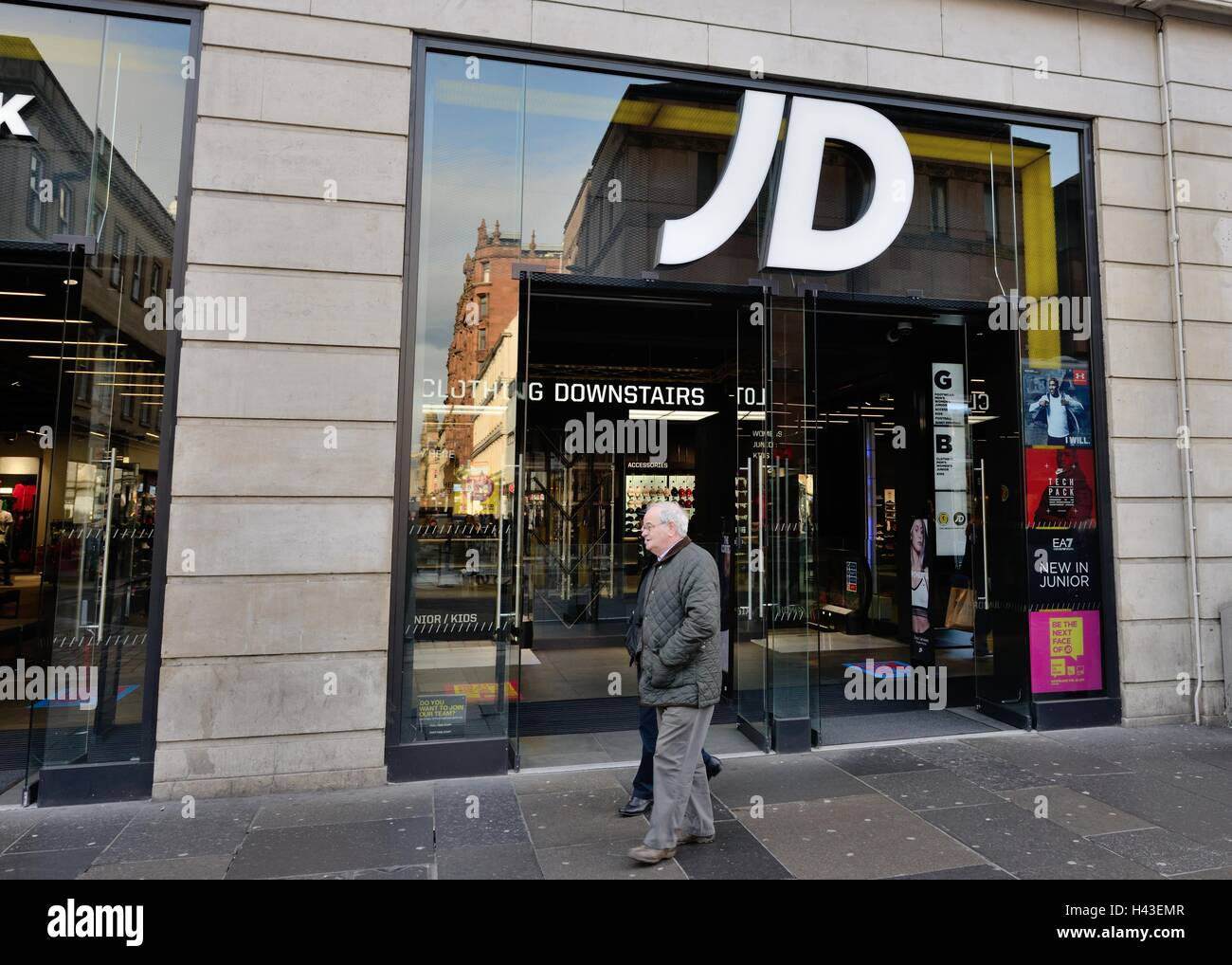 info pour 8499c 6ee87 JD Sports Fashion plc, clothing store in the centre of ...