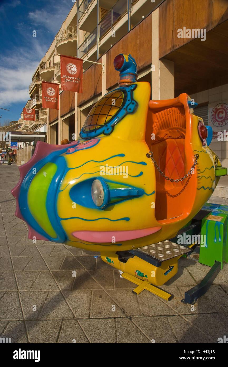 Spain, Majorca, port d'Alcudia, shopping street, coin driving business, submarine, the Balearic Islands, Balearic - Stock Image