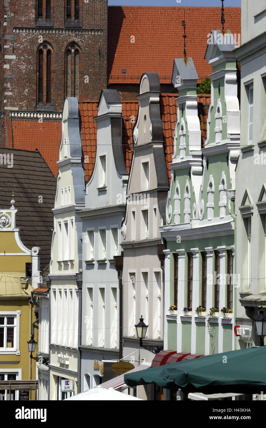 Germany, Mecklenburg-West Pomerania, Wismar, Krämerstrasse, gabled houses, facades, detail, - Stock Image