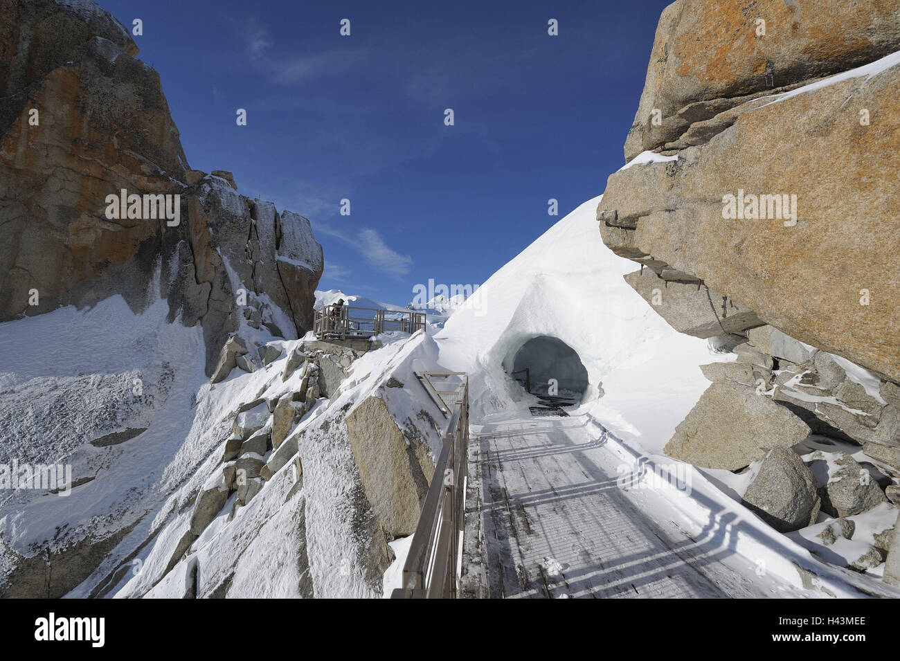 France, Savoy Alps, Chamonix, Mont Blanc, Aiguille du Midi, ice tunnel, path, Stock Photo
