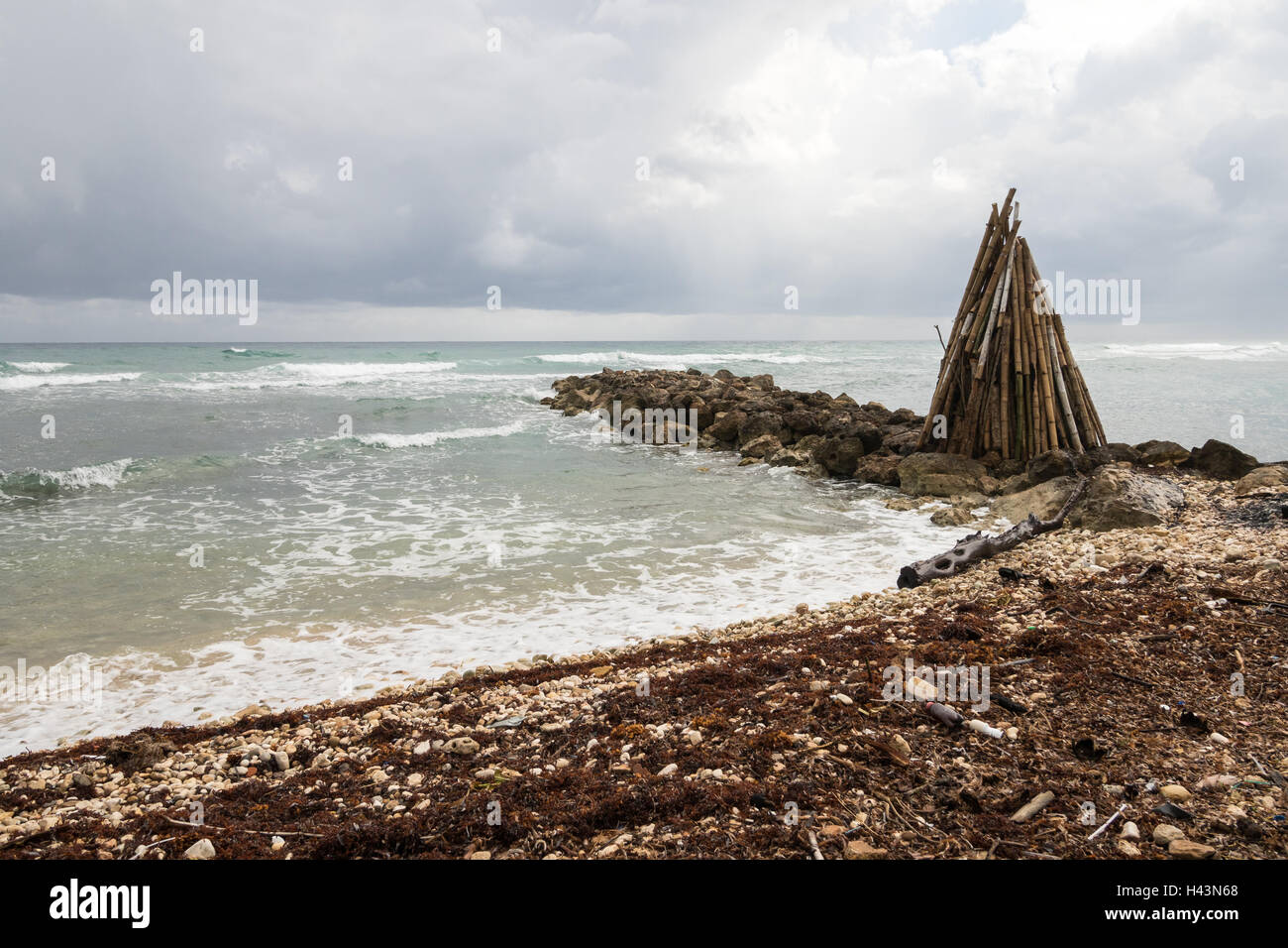 Stormy shore in Montego Bay, Jamaica - Stock Image