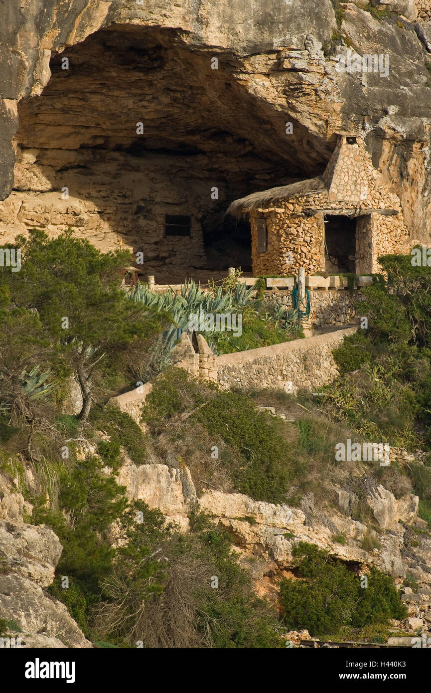 Spain, Majorca, Cala Figuera, bile coast, pit, the Balearic Islands, Balearic Islands island, coast, rock, cliff - Stock Image