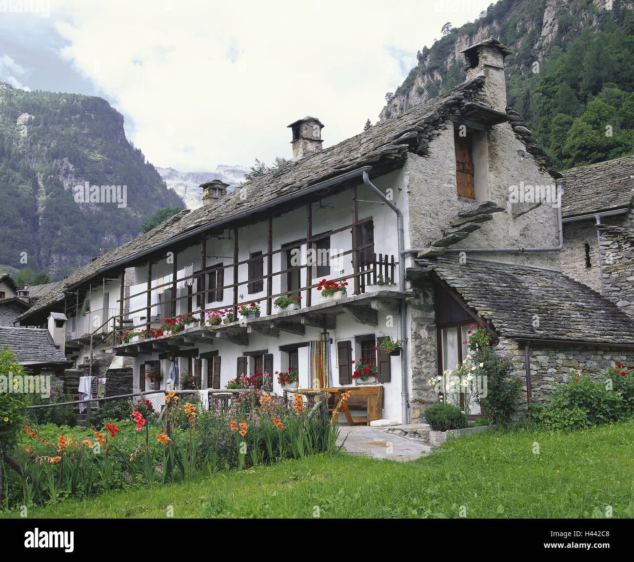 Swiss Valley Apartments: Ticino Stone House Stock Photos & Ticino Stone House Stock