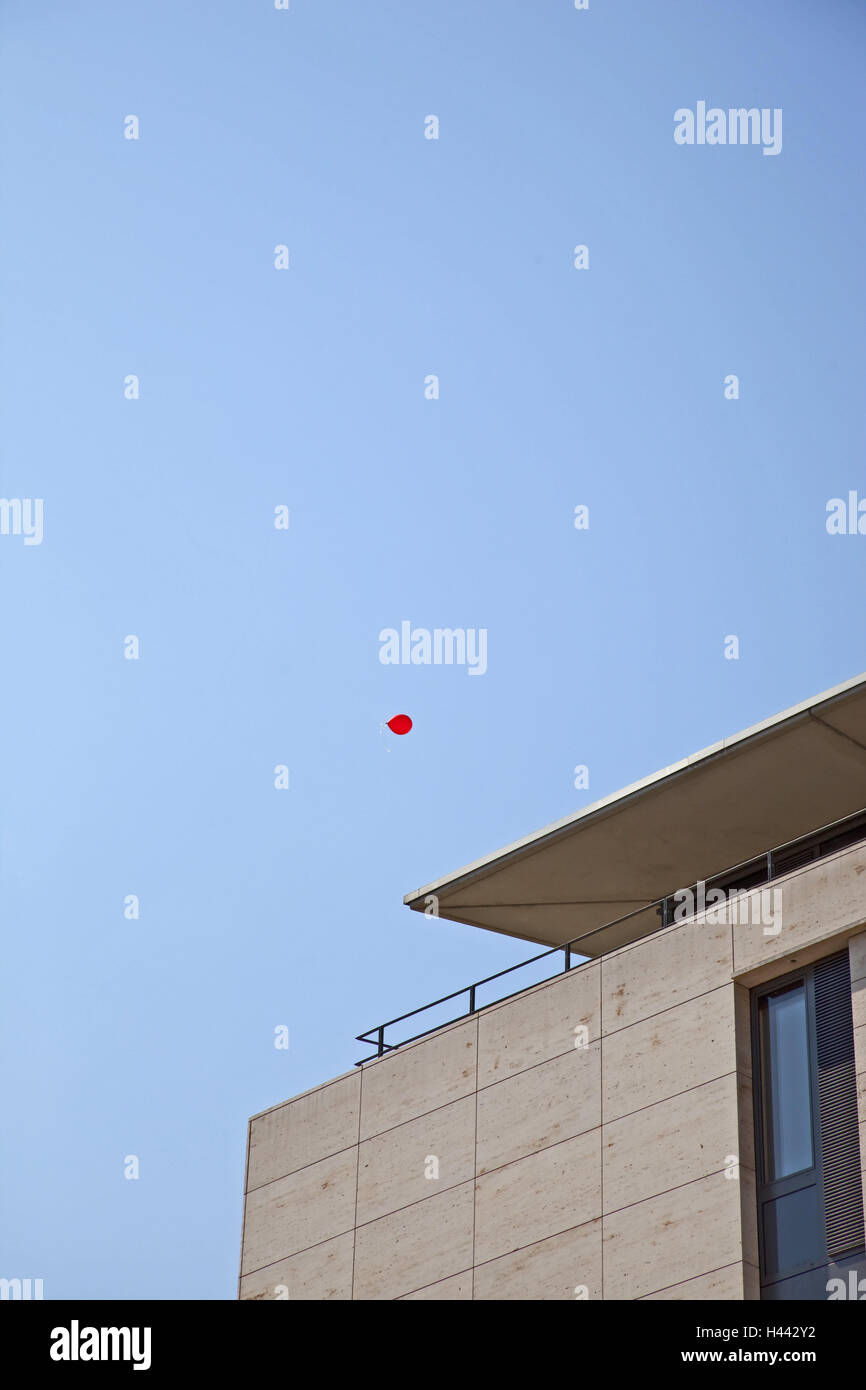 Heavens, balloon, fly, house, detail, outside, balloon, fly away, lost, heaven, blue, sunny, red, residential house, - Stock Image