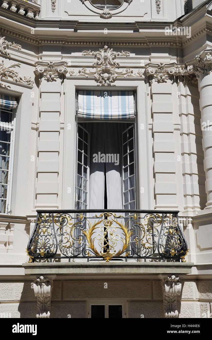Lock gentle court, facade, window, casement, curtain, balcony, grid, pillar, Germany, Bavarians, Upper Bavaria, - Stock Image