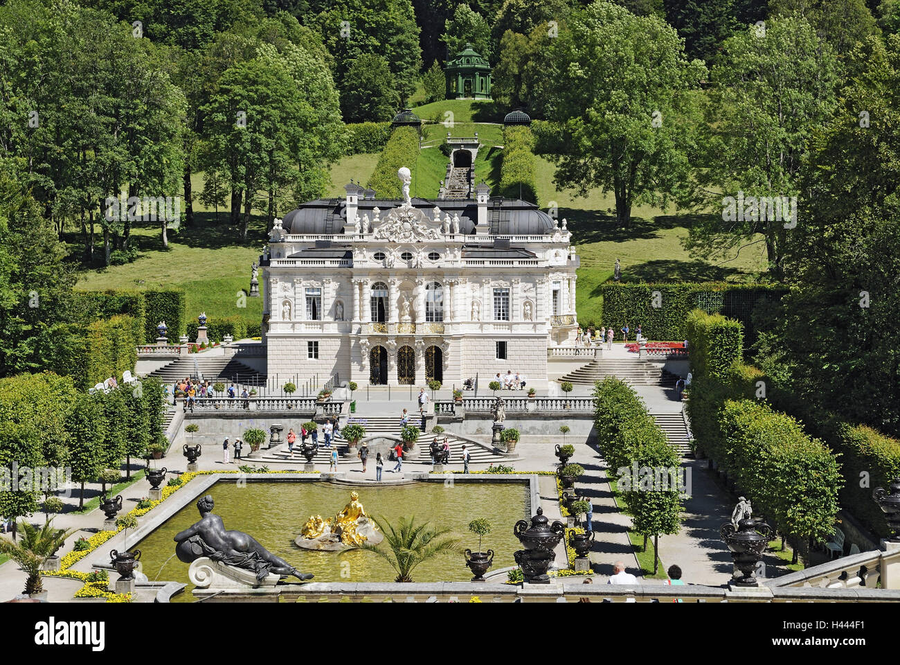 Lock gentle court, garden, water cymbal, statues, gold, patches, stairs, trees, cascade, person, Germany, Bavarians, - Stock Image