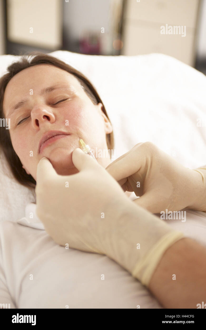 Medical spa, therapy, pleated treatment with Hyaluronsäure, - Stock Image