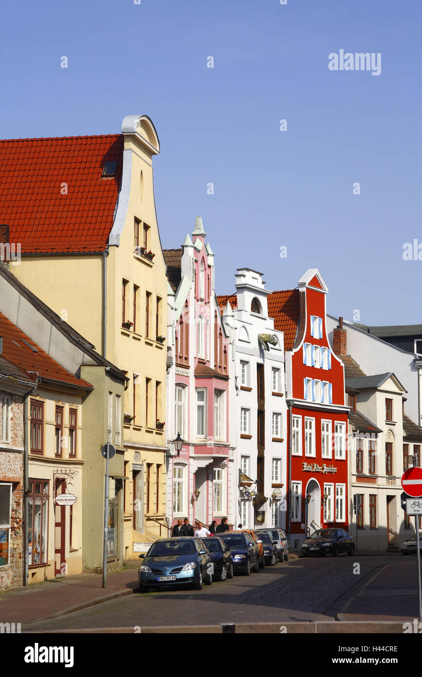 Germany, Mecklenburg-West Pomerania, Wismar, Krämerstrasse, gabled houses, - Stock Image