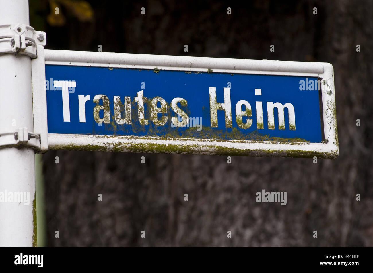 Road sign 'familiar home', Margarethenhöhe, food, North Rhine-Westphalia, Germany, - Stock Image