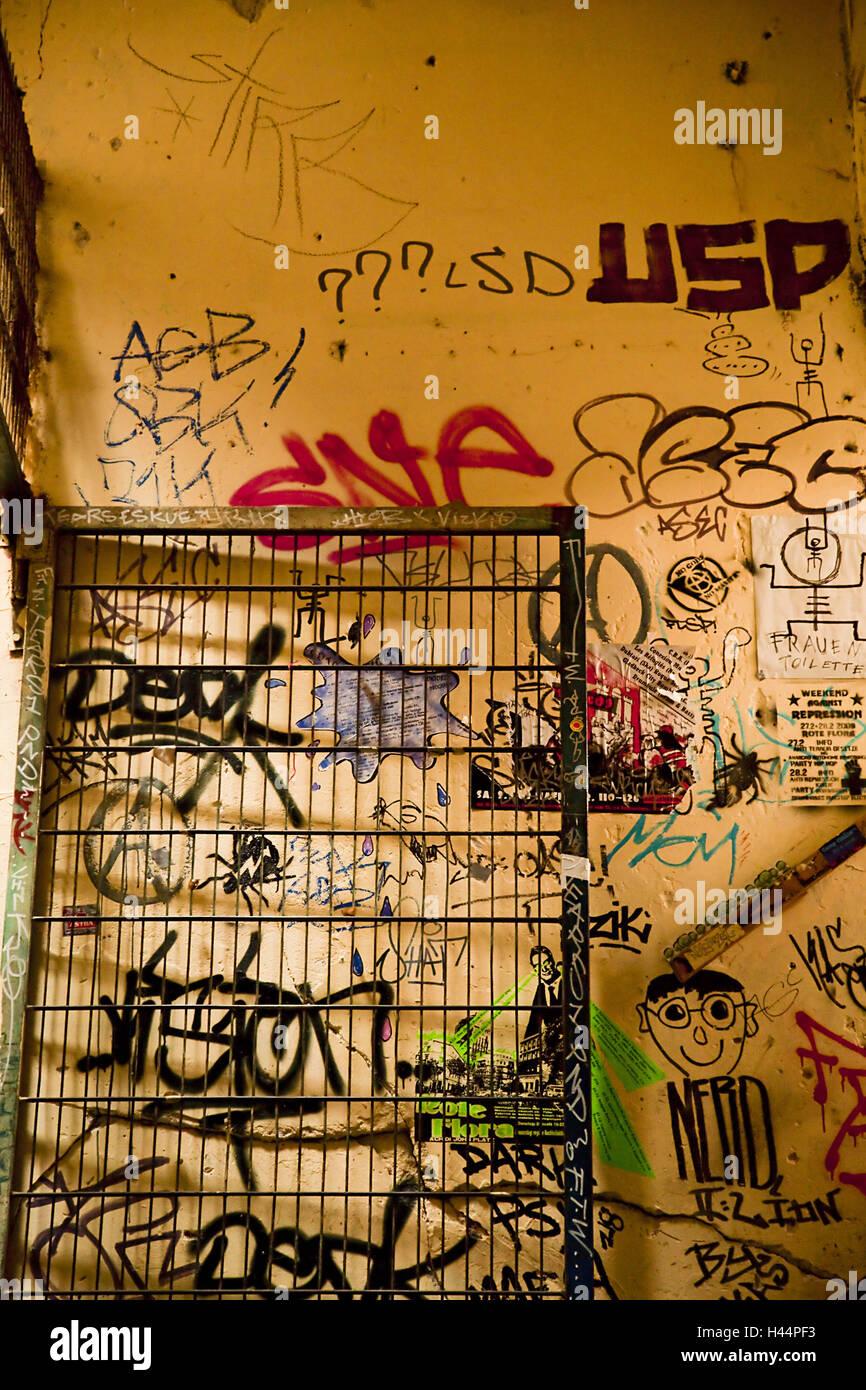 More poorly, graffiti, - Stock Image