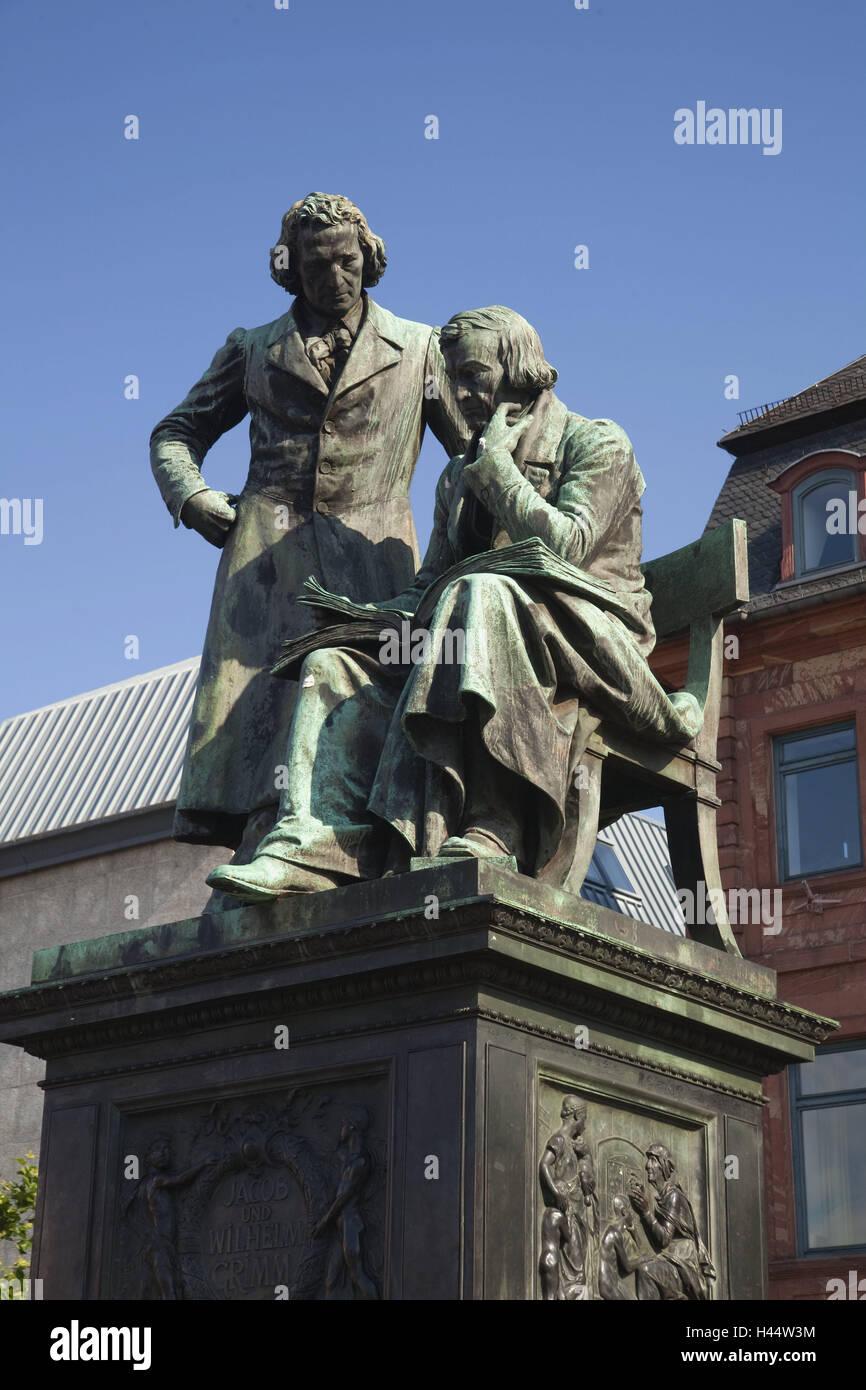 Germany, Hessen, Hanau, new town-dweller, city hall, monument Jakob and Johann Grimm, monument, writer, fairy tale, - Stock Image