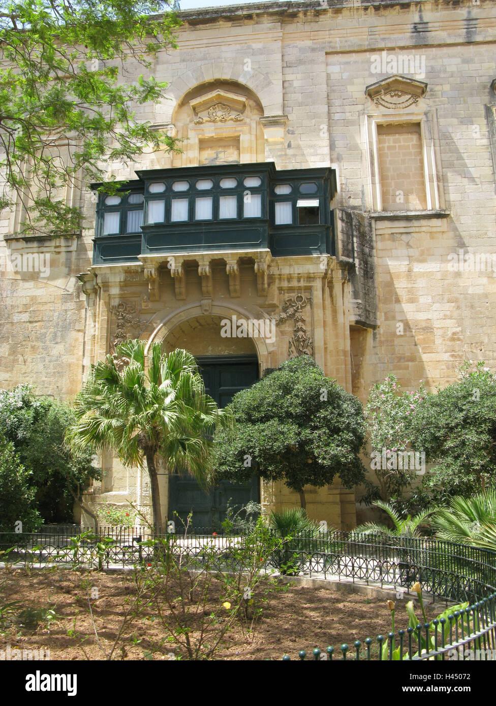 Malta, Valetta, building, facade, balcony, garden, island, town, capital, destination, architecture, house, house - Stock Image