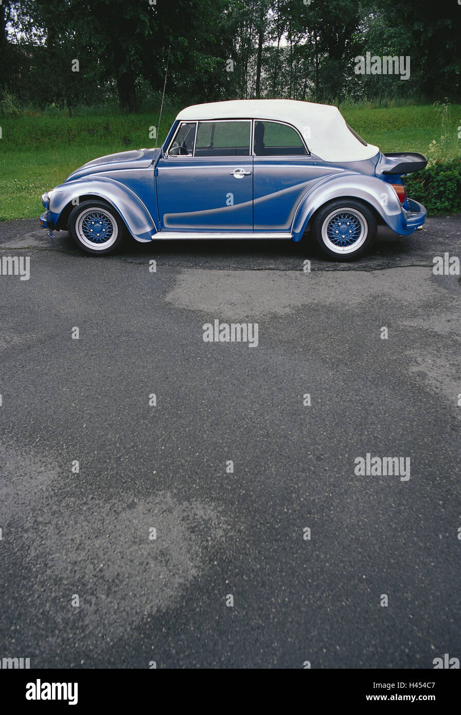 Car, VW BEETLE, type 1, convertible, spoiler, special spraying, preview, vehicle, car, cross spoke wheel rims, back - Stock Image