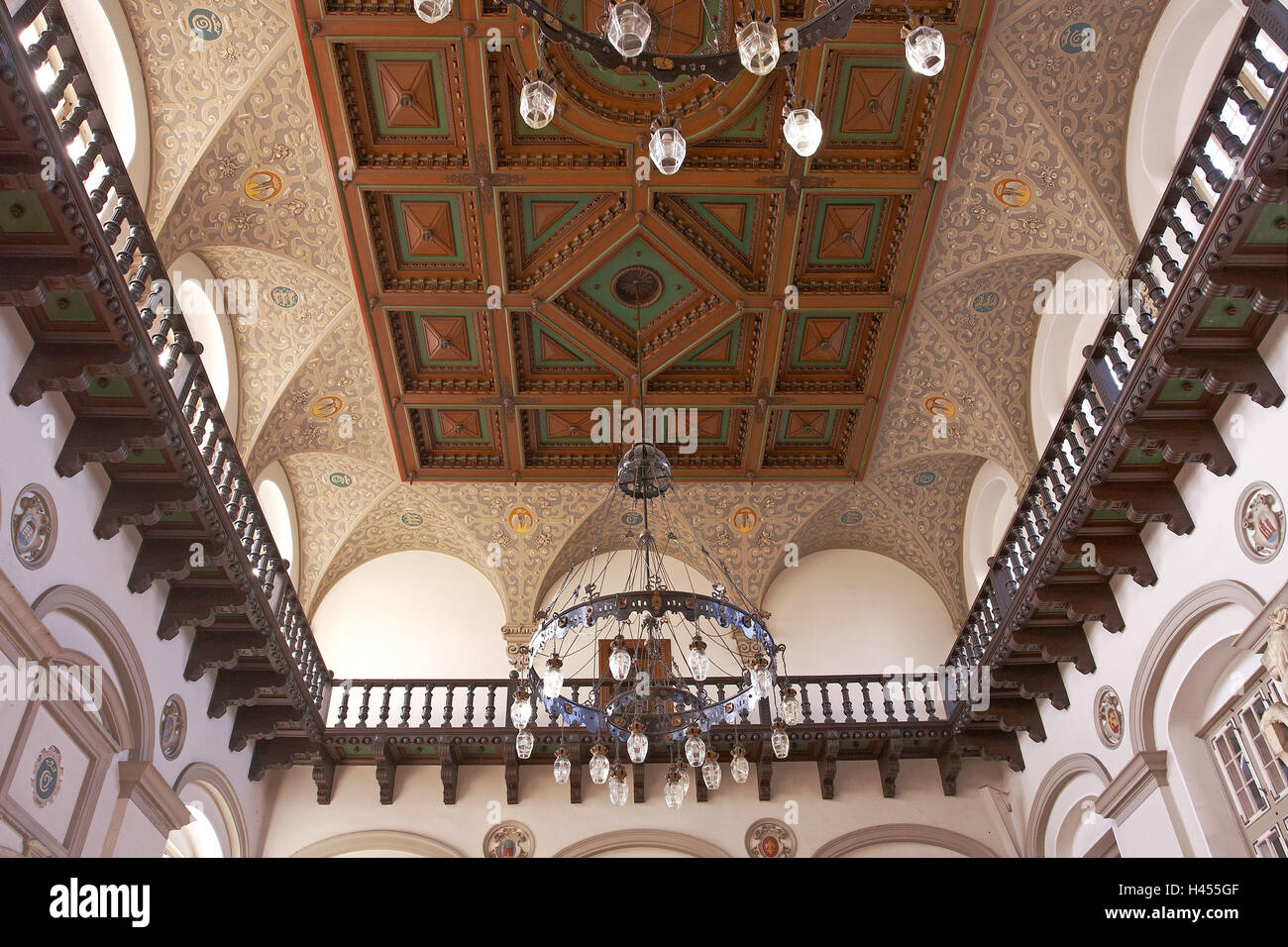 Denmark, Helsingoer, central station, inside, wooden ceiling panel, chandelier, - Stock Image