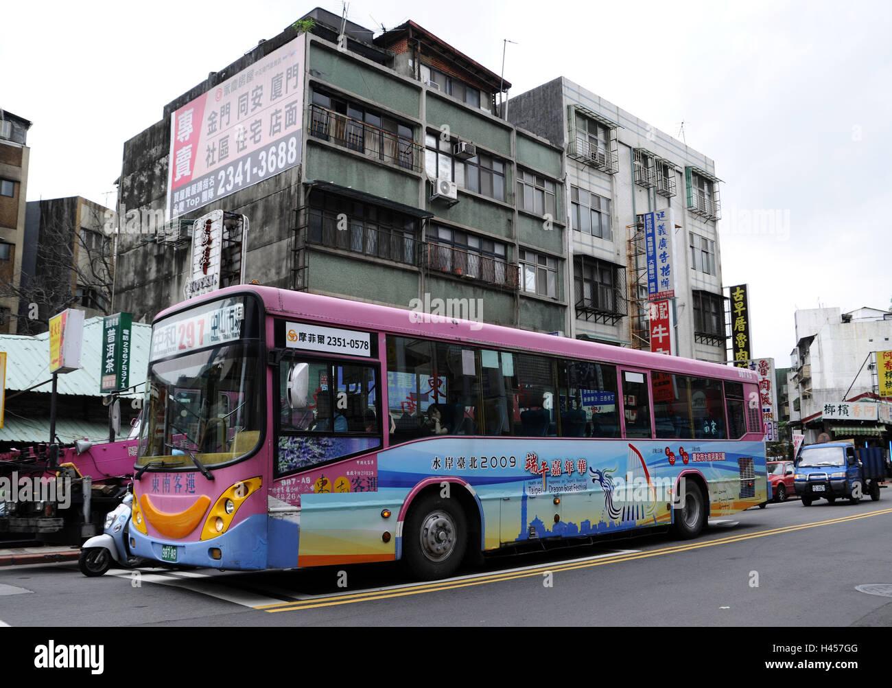 Bus, building, street, Taipeh, Taiwan, - Stock Image