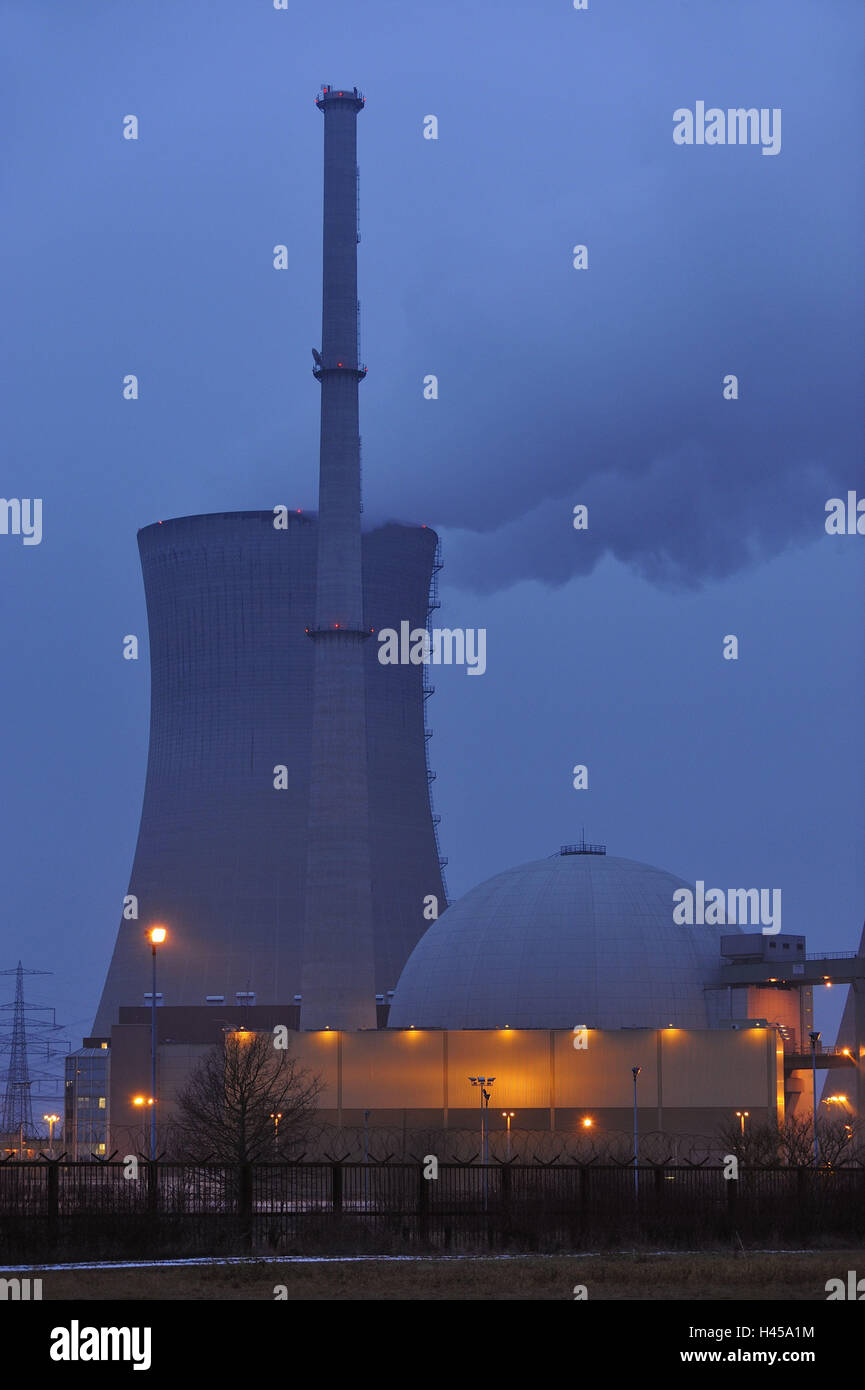 Germany, Bavaria, field Grafenhein, nuclear power plant, cooling tower, smoke, dome, fence, dusk, lighting, Lower - Stock Image
