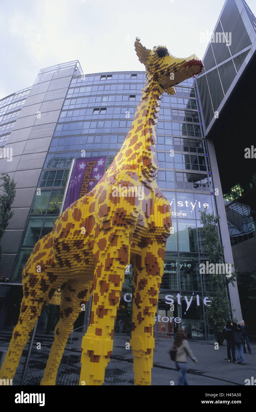 germany berlin potsdam space sony centre sculpture giraffe no stock photo 123048884 alamy. Black Bedroom Furniture Sets. Home Design Ideas