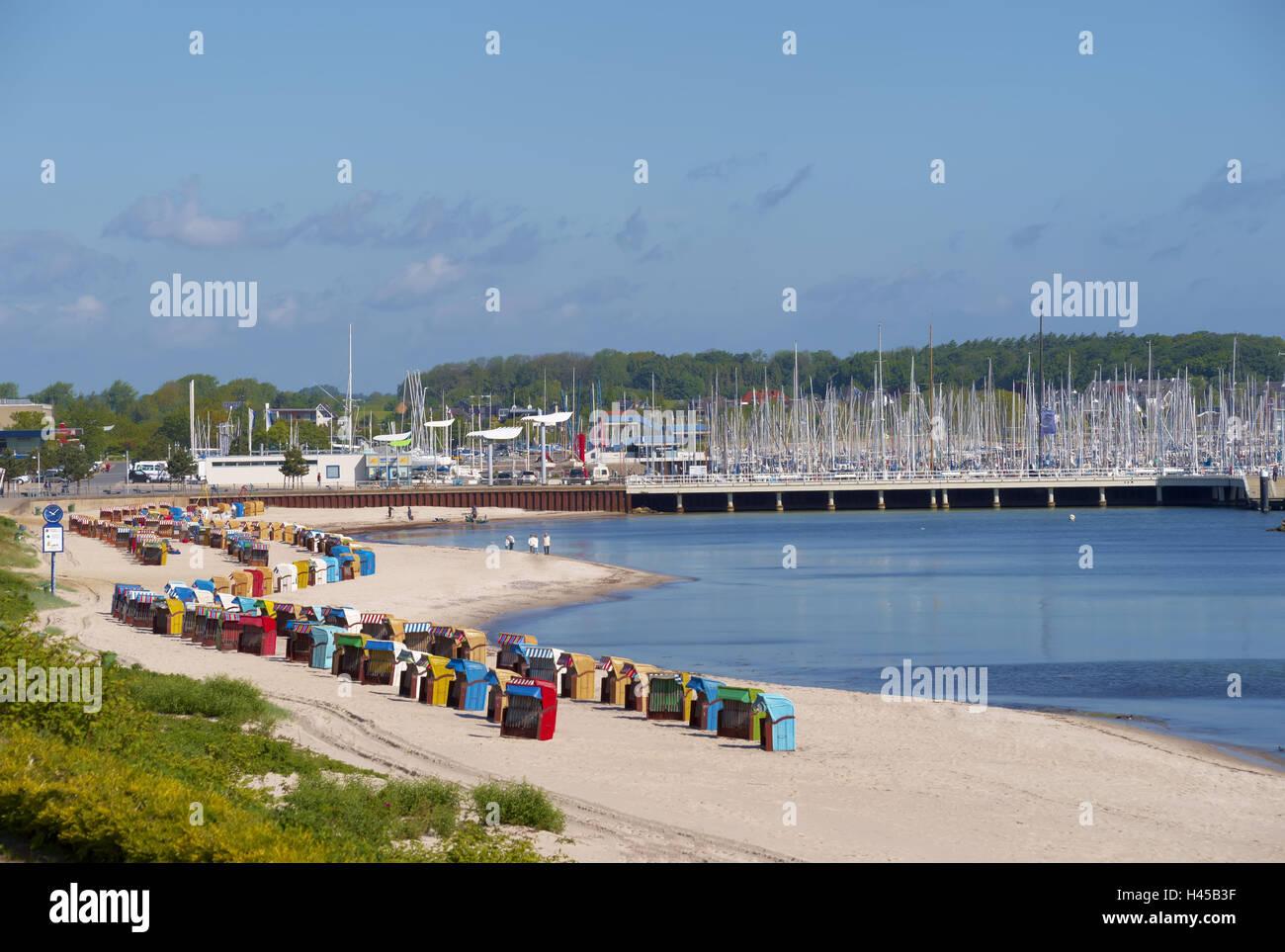 Germany, Schleswig - Holstein, Kiel-Schilksee, beach ...