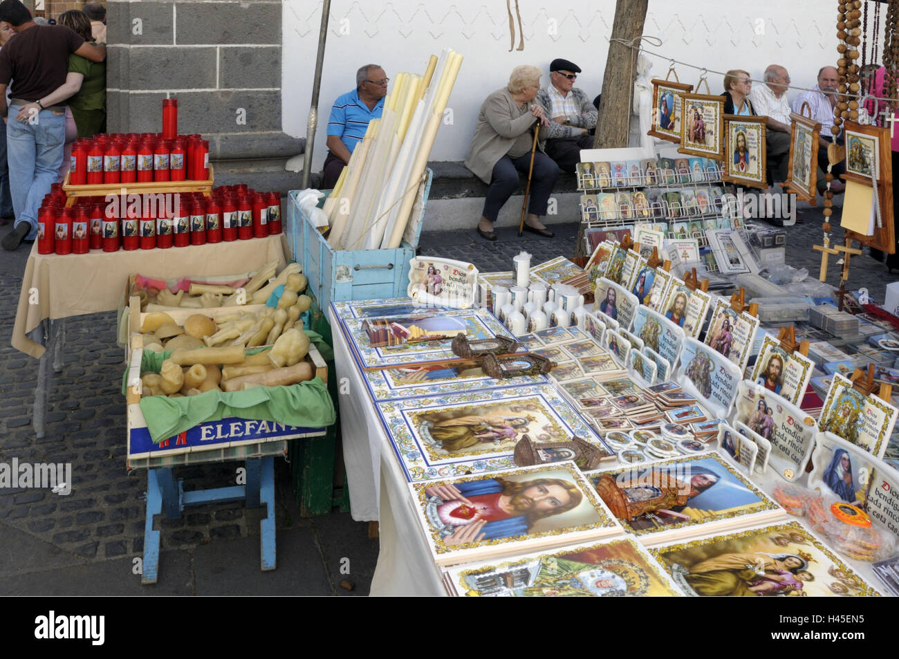 Spain, Canary islands, island grain Canaria, Teror, pawn market, market stall, sales, devotional objects, senior - Stock Image