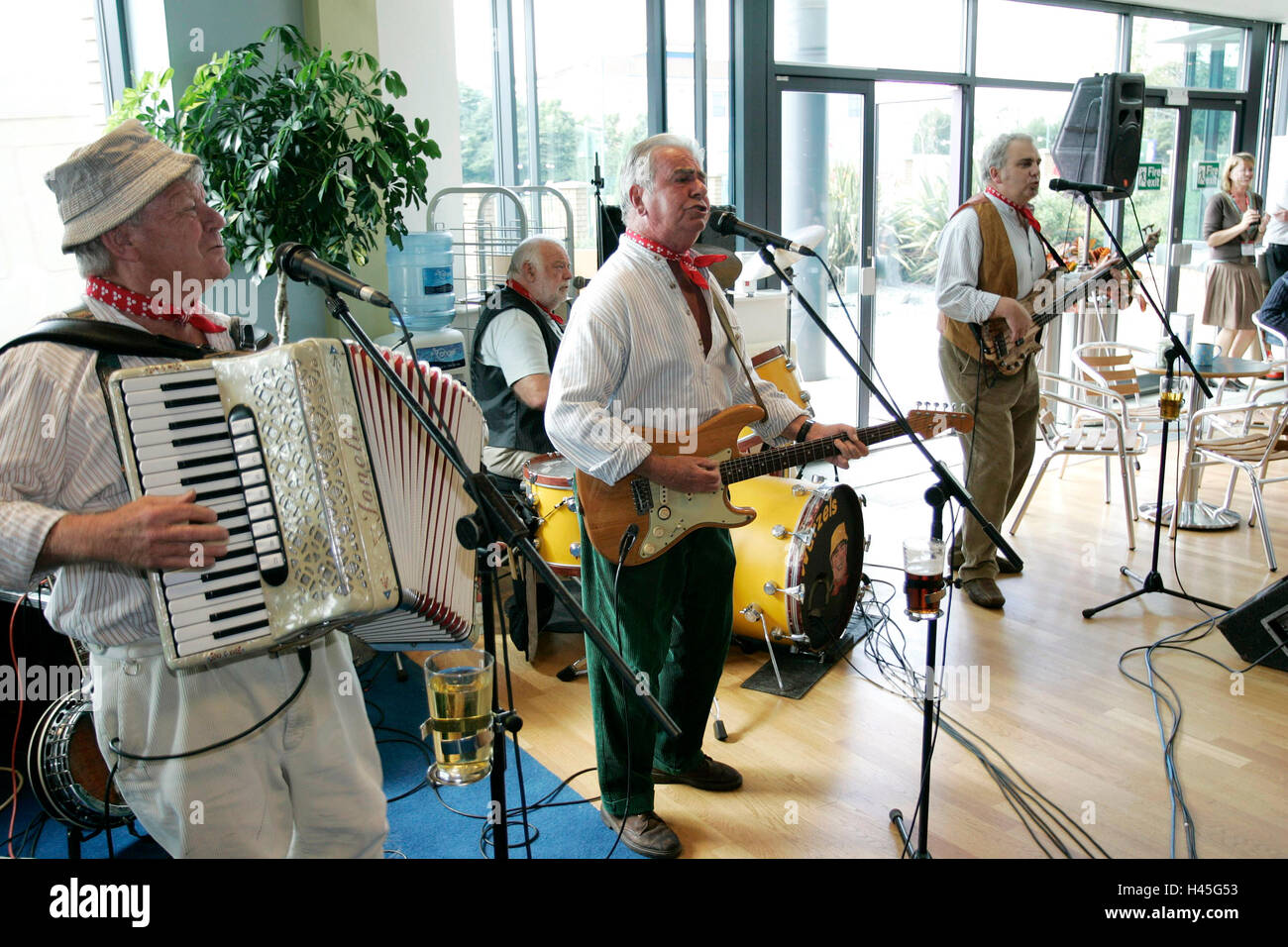 The Wurzels, Tommy Banner (accordion), Pete Budd (guitar vocals), Sedge Moor (bass) John Morgan aka Amos (drums) - Stock Image