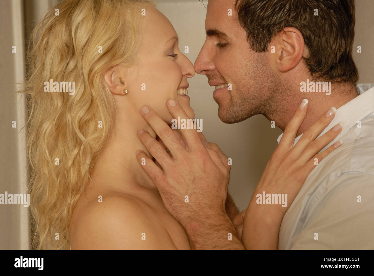 Couple, young, falls in love, touch, nasal points, side view, portrait, curled, model released, Stock Photo