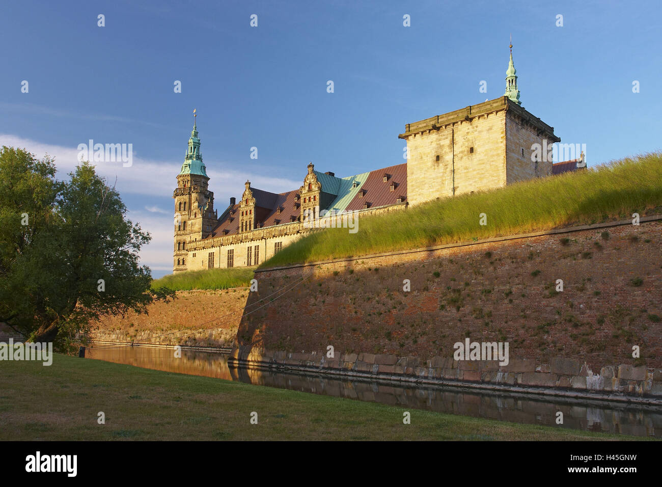 Denmark, fortress defensive wall, castle Kronborg, evening sun, - Stock Image