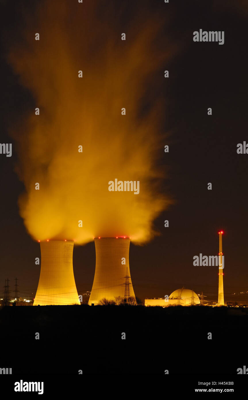 Germany, Bavaria, field Grafenhein, nuclear power plant, cooling towers, smoke, night, lighting, Lower Franconia, - Stock Image