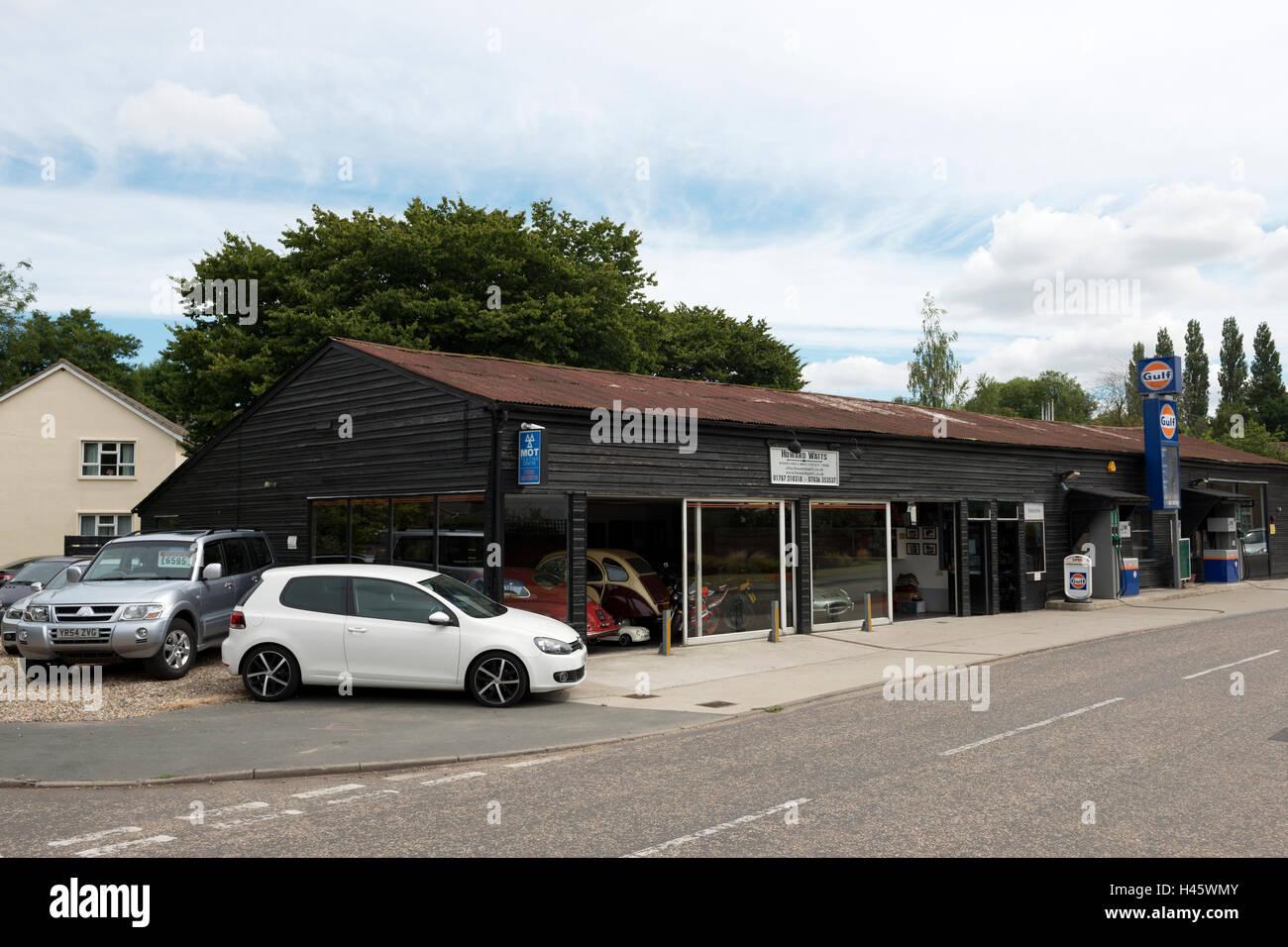 Howard Watts Garage, Boxford, Suffolk, UK. Stock Photo