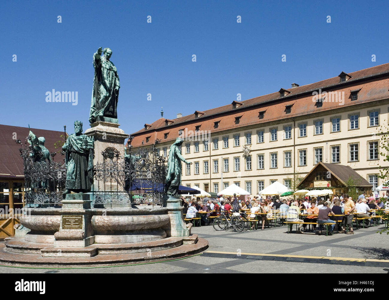 Germany, Bavaria, Bamberg, space, Maximilian's well, Bamberger beer days, visitors, new city hall, Upper Franconia, - Stock Image