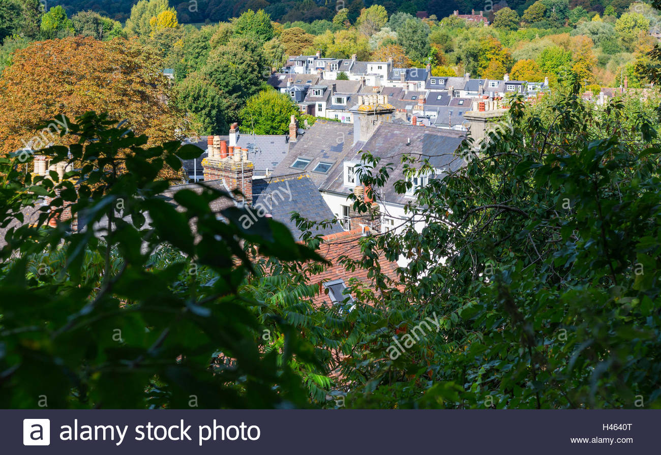 View of rooftops of houses in the British county town of Lewes, East Sussex, England, UK. - Stock Image