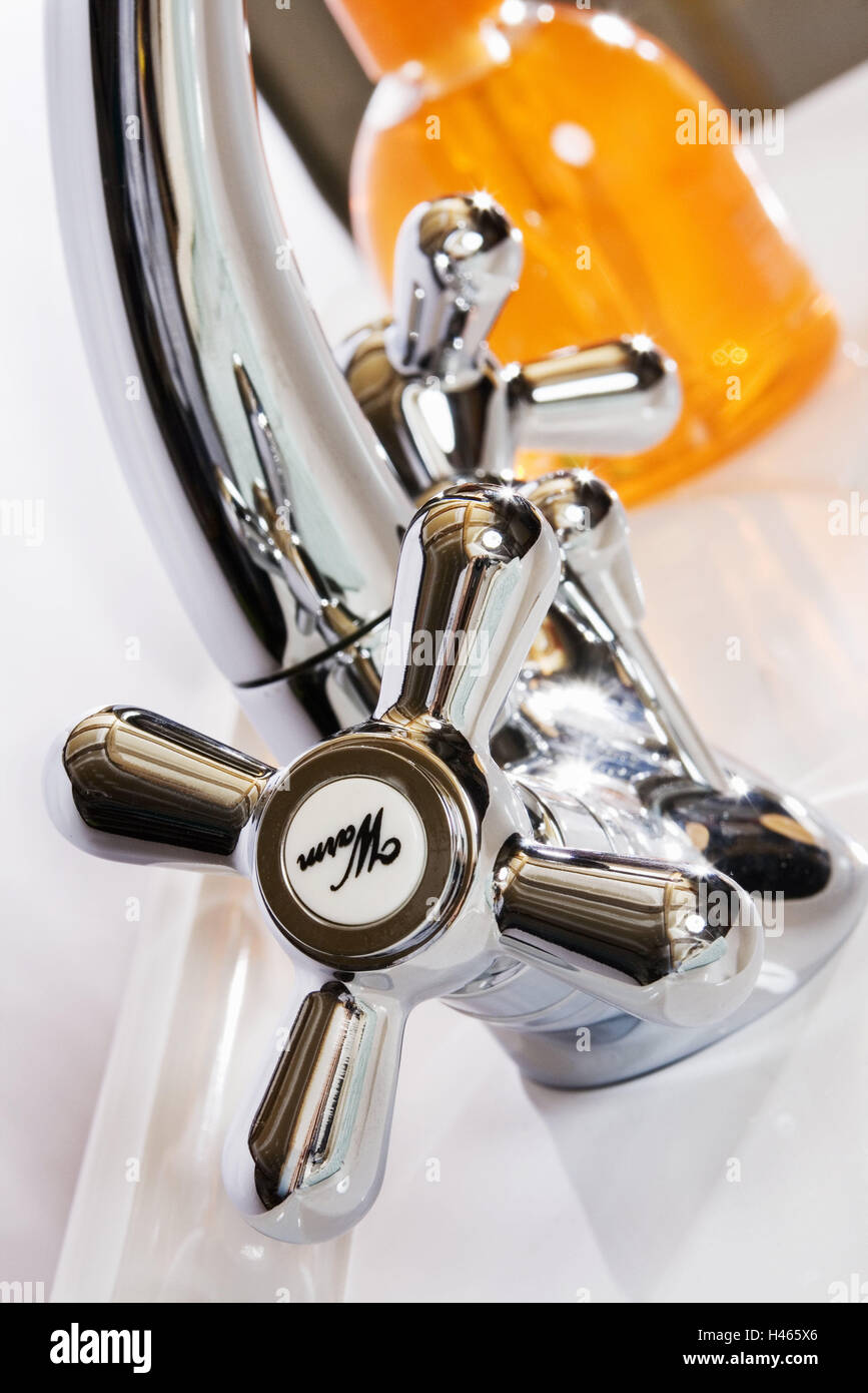 Bath, sink, tap, warmly, soap dispenser, medium close-up, bathroom, hand sink, bath armatures, sink armature, armature, - Stock Image