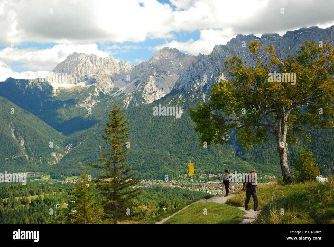 Germany, Bavaria, Mittenwald, Kranzberg, footpaths, deep cirque point, - Stock Image