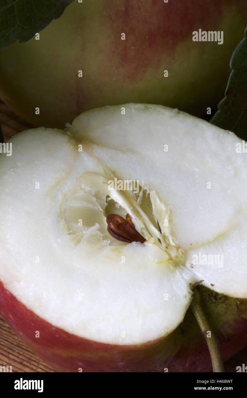Apple, halves, core, close up, - Stock Image