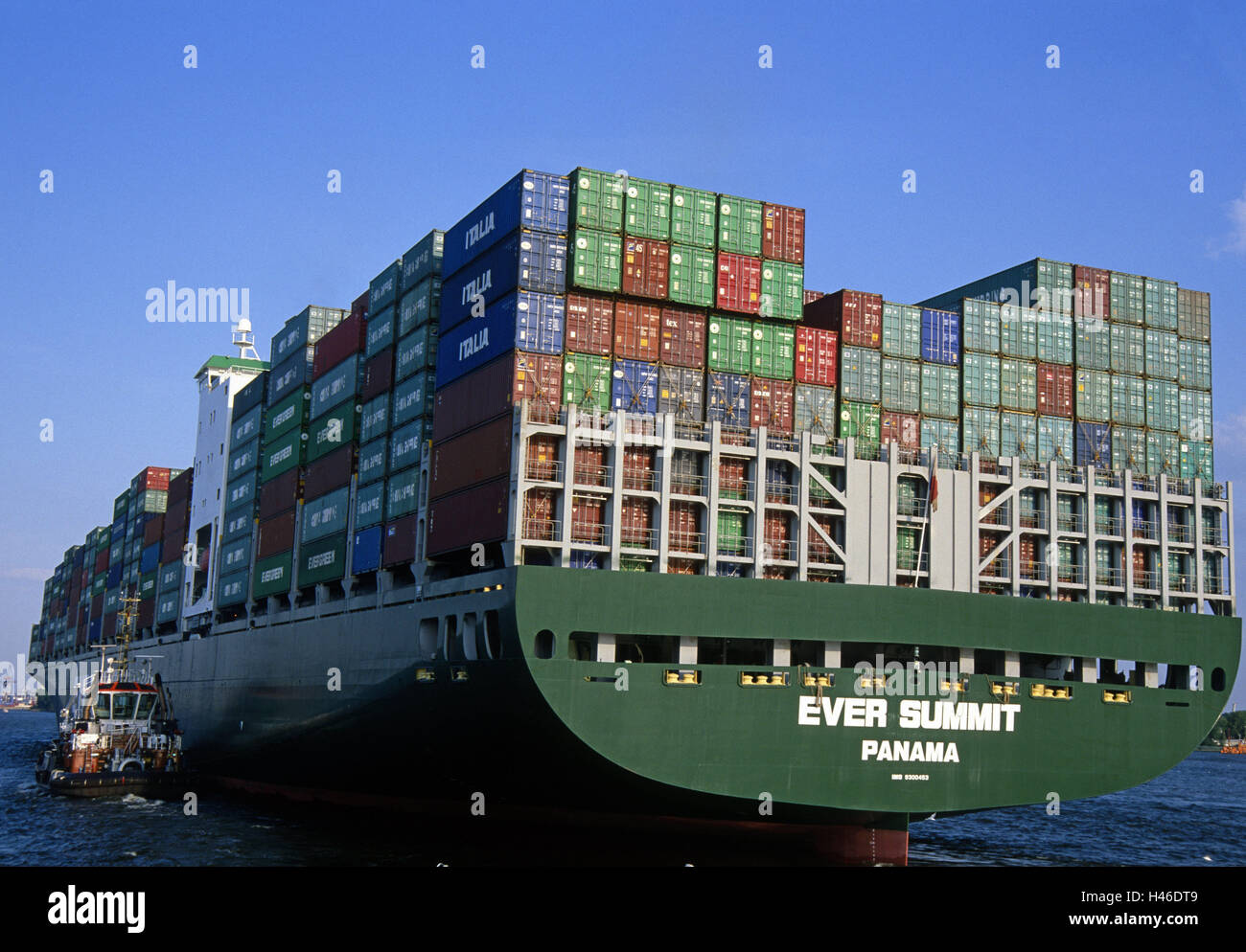 Germany, Hamburg, harbour, container ship, general cargo, tractor, the Elbe, shipload, transport, loading, river, - Stock Image