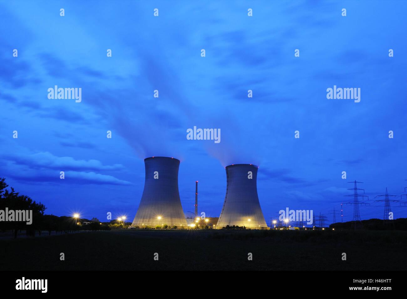 Germany, Bavaria, nuclear power plant Grafenrheinfeld (town), cooling towers, smoke, night, lighting, Lower Franconia, - Stock Image