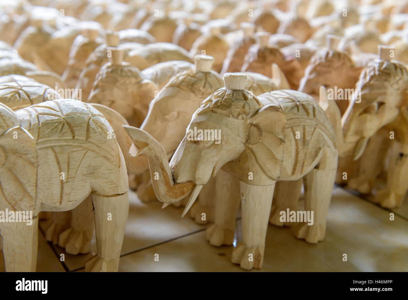 Wooden elephants   Holzelefanten - Stock Image