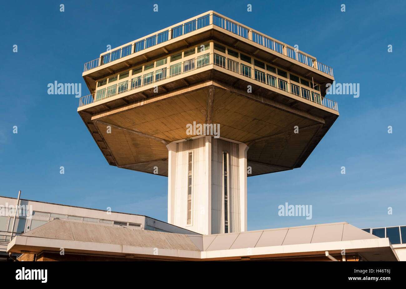 Lancaster (Forton) Services, UK, on the M6 motorway. The Pennine Tower restaurant (1965) is a listed building (now - Stock Image