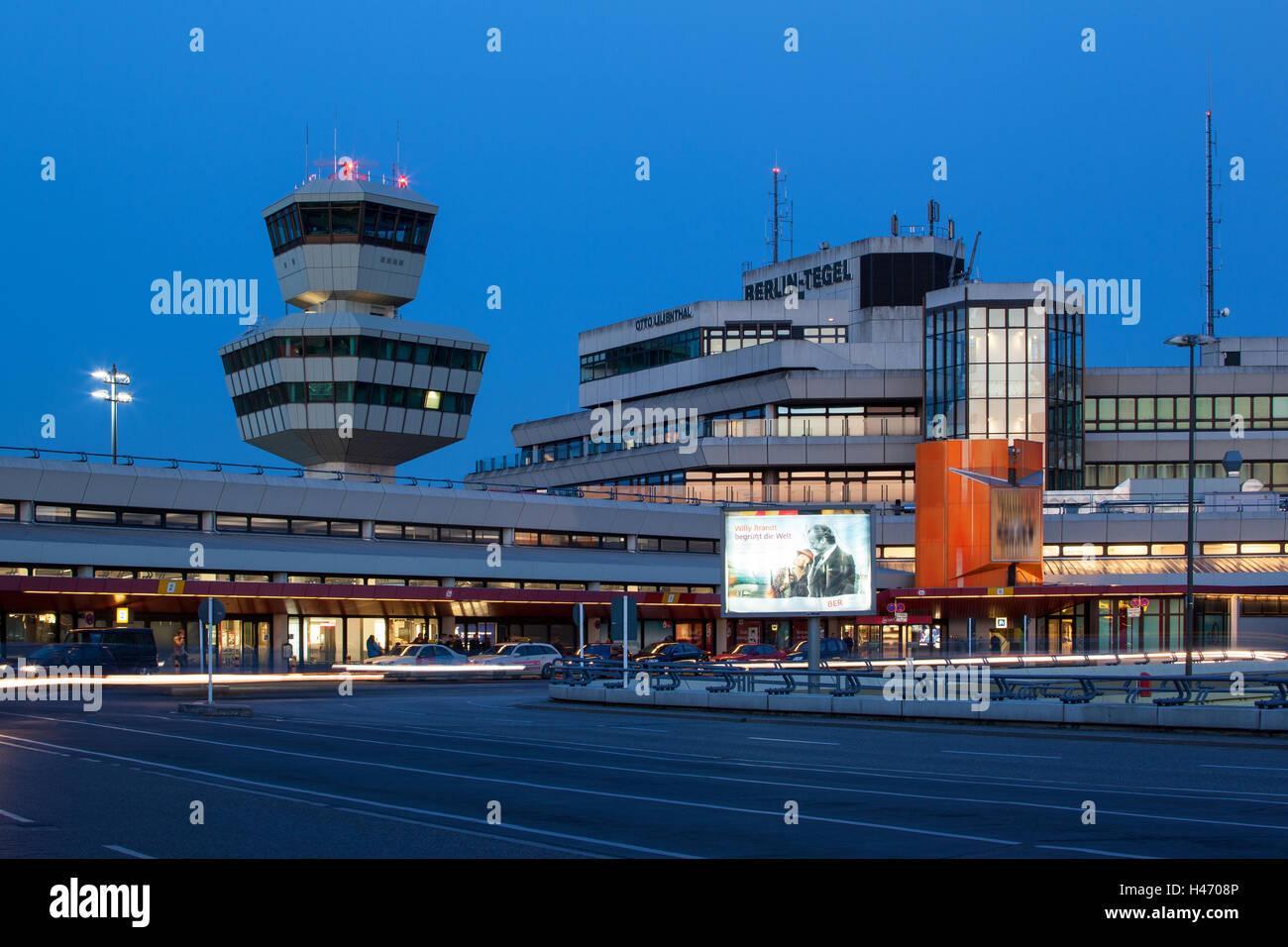 Berlin tegel otto lilienthal stock photos berlin tegel for Flughafen tegel